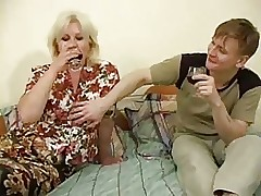 Russian sex tube - milf ass tube