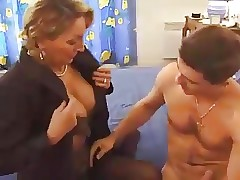 Pretty porn videos - free mature tube