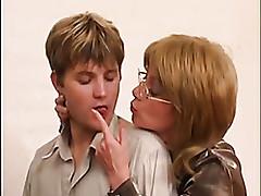 Russian sex tube - milf ass tube